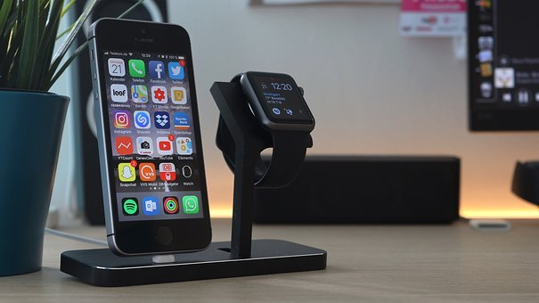 dock, apple watch dock, iphone dock